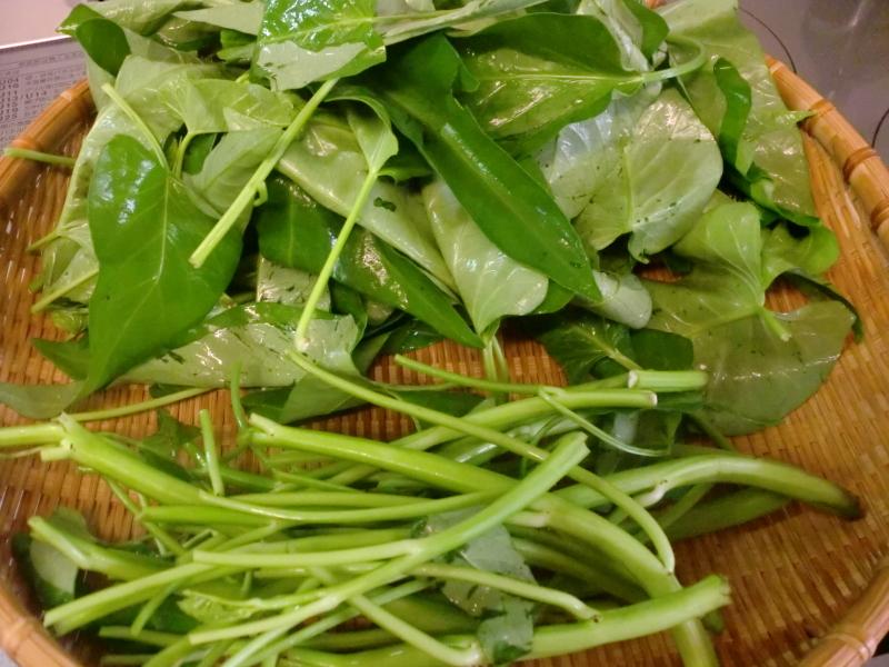 中国野菜  空芯菜の炒めもの_f0361692_11253327.jpg