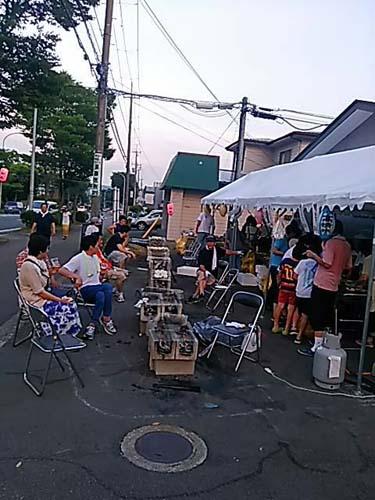 孫たちの町内の夏祭り_f0019498_22442881.jpg