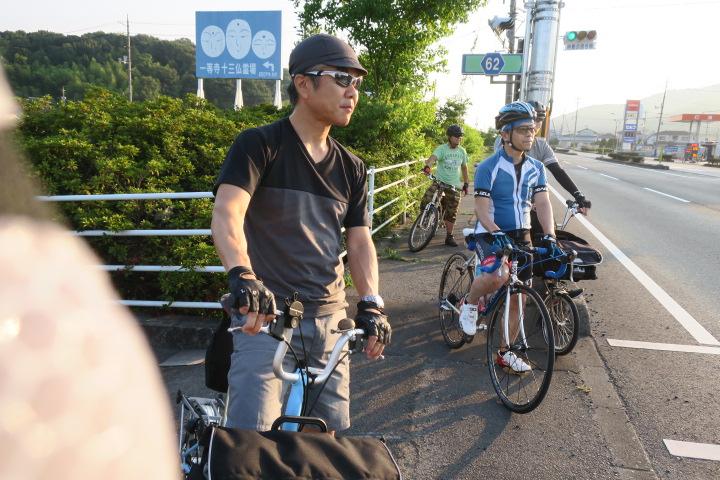 早朝サイクリング_c0132901_19212157.jpg