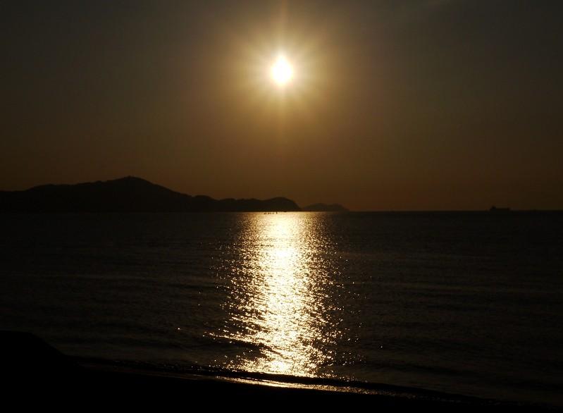 和歌浦湾の夕景_b0093754_2362974.jpg