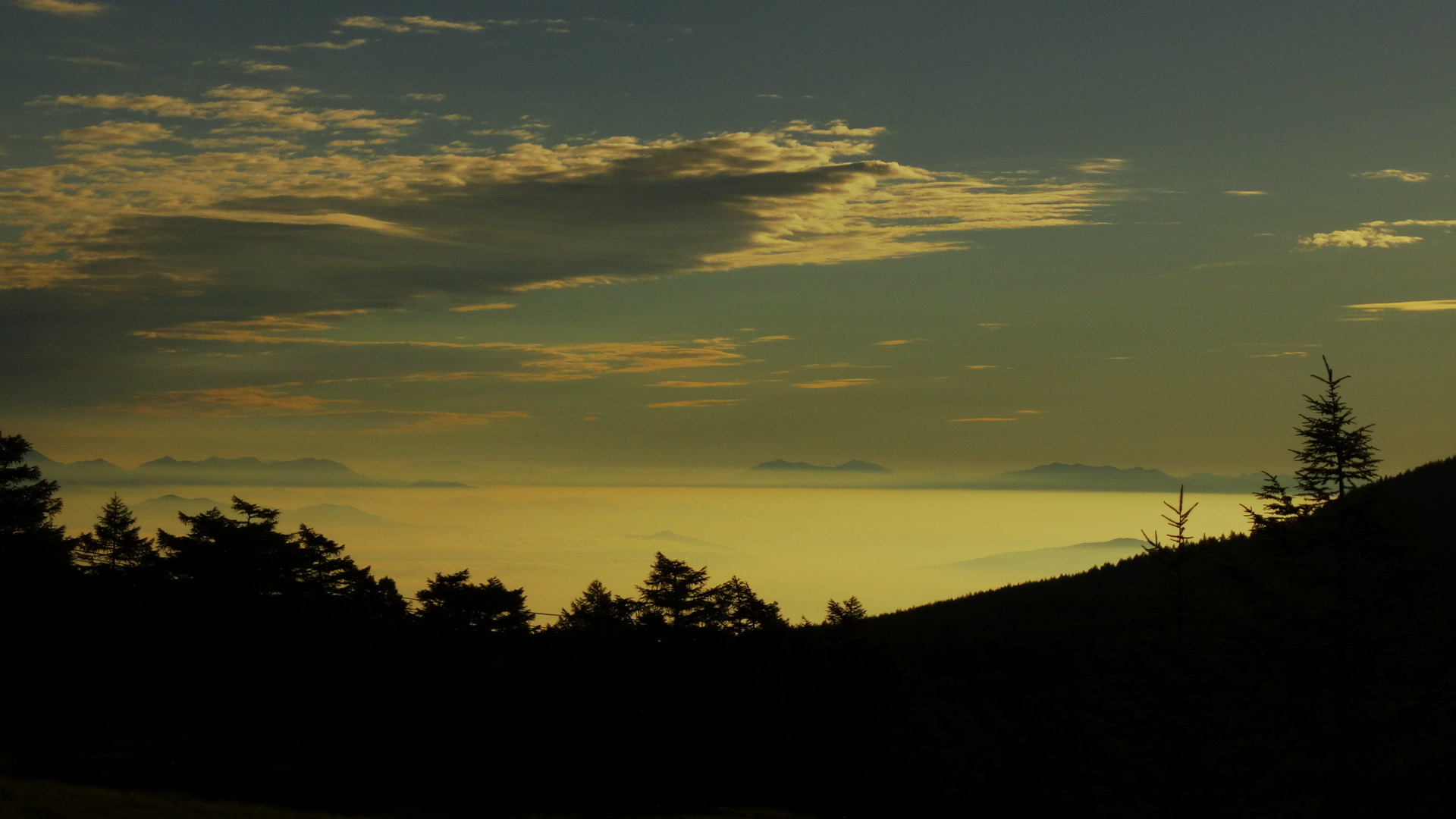 雲海の朝_e0120896_07230199.jpg