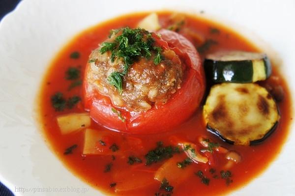 まるごと1個使用!リコピンパワー全開の真っ赤なトマト料理