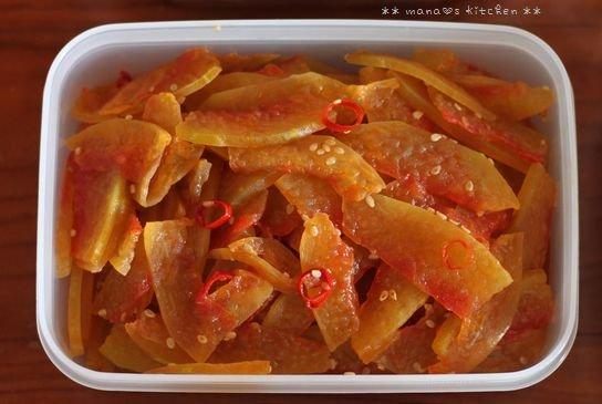 月曜鮭弁と作りおき ✿ チキンのアドボ♪_c0139375_1033447.jpg