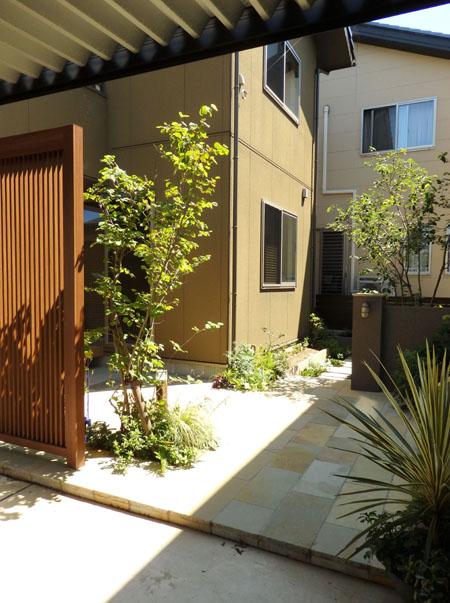 お庭伺い O&K-House_f0141971_1825213.jpg