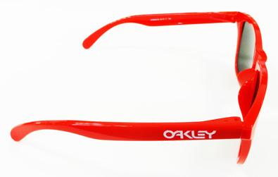 OAKLEYライフスタイルサングラスFROGSKINS(フロッグスキン)アジアフィットスペシャルカラー入荷!_c0003493_11391585.jpg