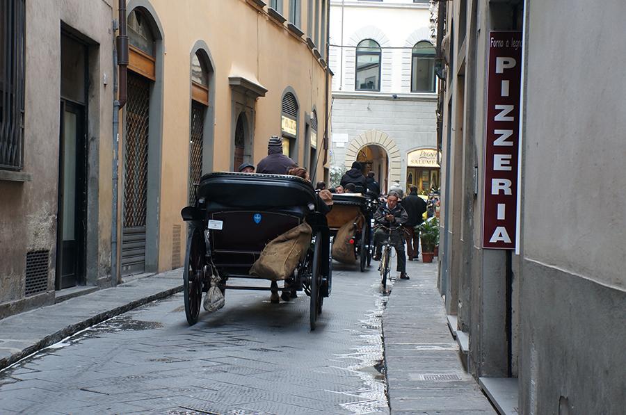 フィレンツェ散歩_f0106597_16042980.jpg