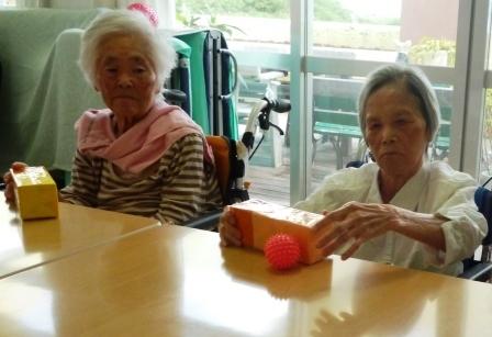 【レク】ホットケーキ作り&テーブルホッケー_d0163307_18001962.jpg