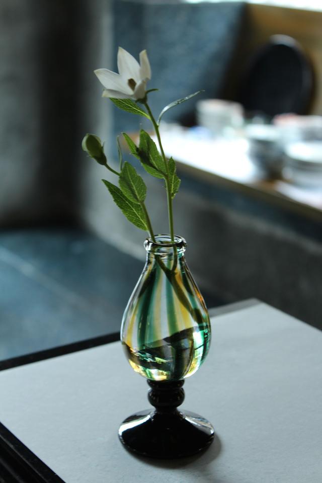 ガラスに花を!_c0237627_7501076.jpg