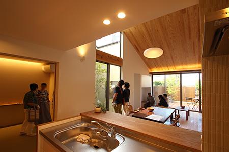「片流れの家」完成見学会を開催しました_f0170331_01468.jpg
