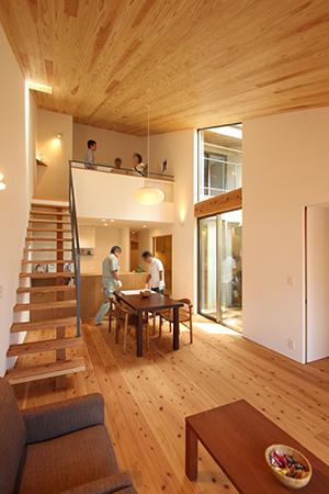 「片流れの家」完成見学会を開催しました_f0170331_015539.jpg