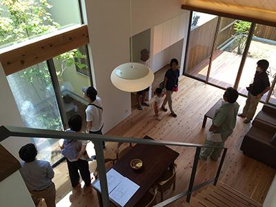 「片流れの家」完成見学会を開催しました_f0170331_02487.jpg