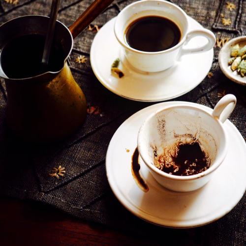 乳香の煙を燻らせ、アラビアン・コーヒーを。。。_e0243332_22533950.png