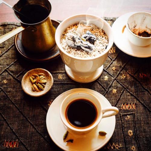 乳香の煙を燻らせ、アラビアン・コーヒーを。。。_e0243332_22534431.png