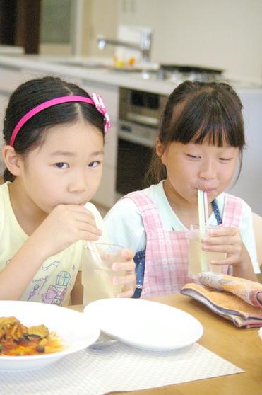 夏休み親子料理教室レポート4_d0327373_1718486.jpg