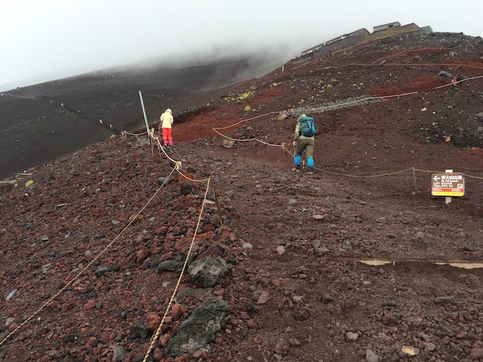 富士山に登る方へ_b0067012_8372755.jpg