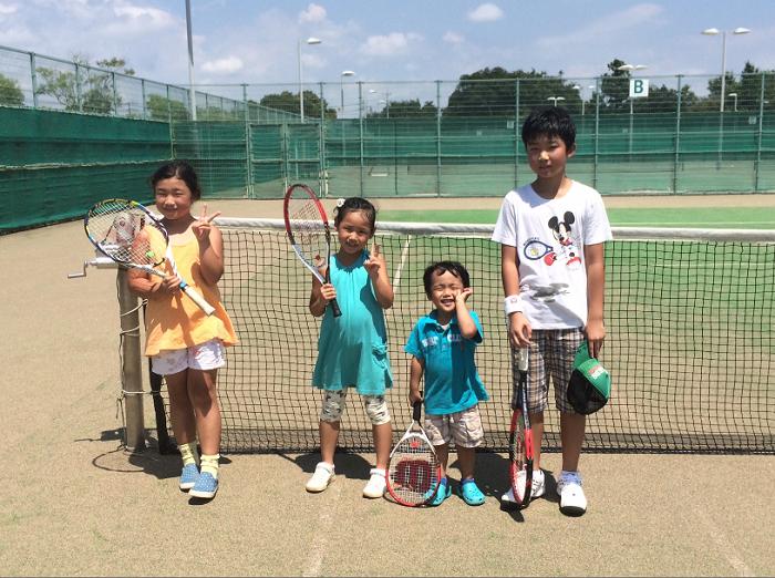 休みの日は孫とテニス_a0151444_130264.jpg