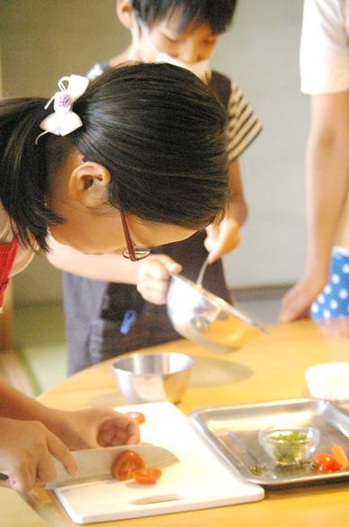 夏休み親子料理教室レポート5_d0327373_17342655.jpg