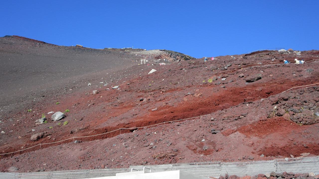 還暦富士登山 山頂鳥居到着 トータル11時間30分 _b0163804_20314194.jpg