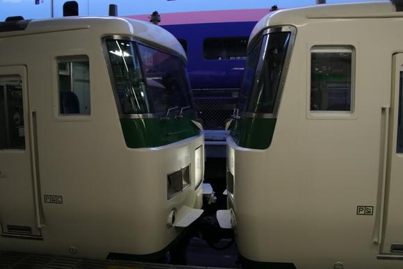 快速・ムーライトながら 東京到着!!_d0202264_7251336.jpg
