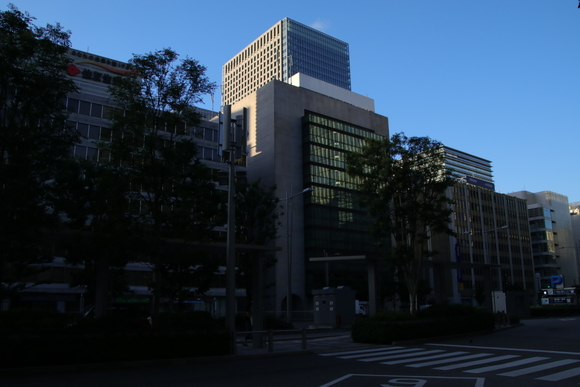 東京の朝・・ JR東京駅_d0202264_7285514.jpg