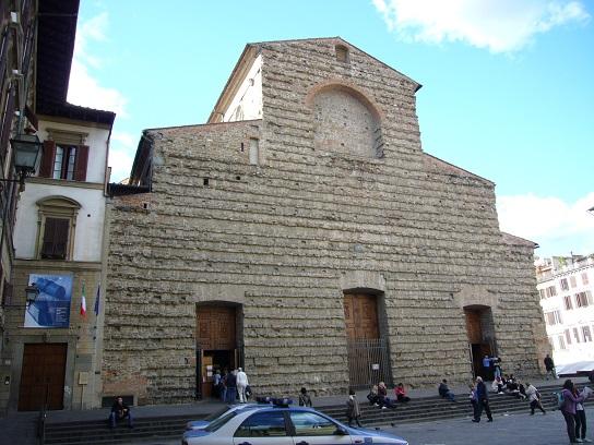 フィレンツェ、サン・ロレンツォ教会_c0192215_8515460.jpg