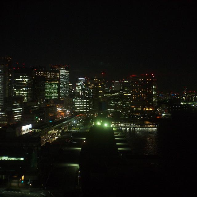 芝浦の夜は2800ケルビンで暮れゆく_b0058021_21222840.jpg