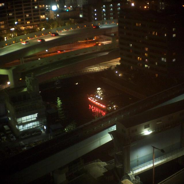 芝浦の夜は2800ケルビンで暮れゆく_b0058021_21223175.jpg