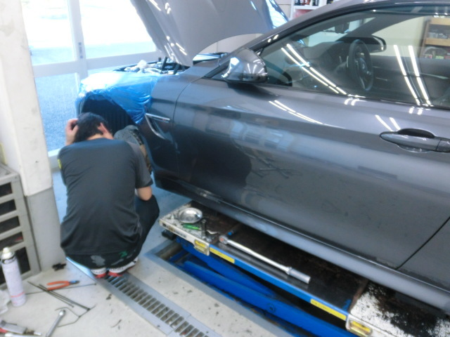 BMW M4足交換&ポケモンGo!!_c0360321_21392227.jpg