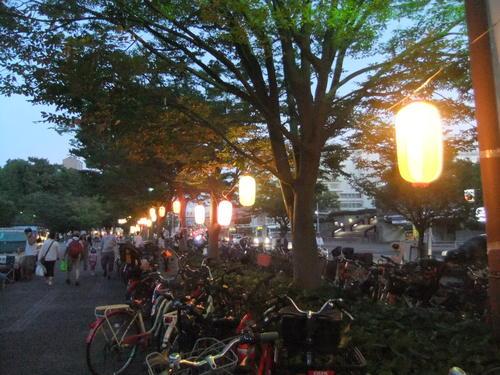 夜市で夕涼み..._b0137932_20581958.jpg