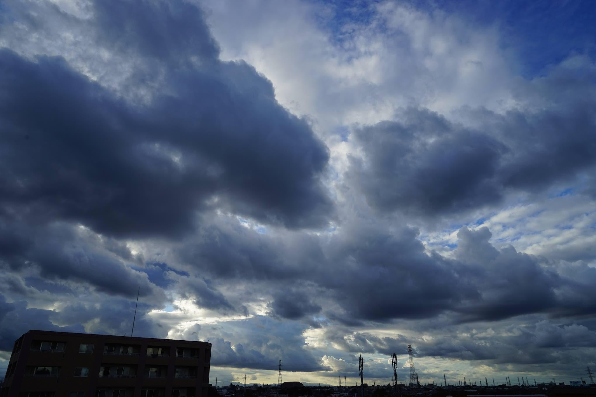 東京 空 2_b0360240_15342888.jpg