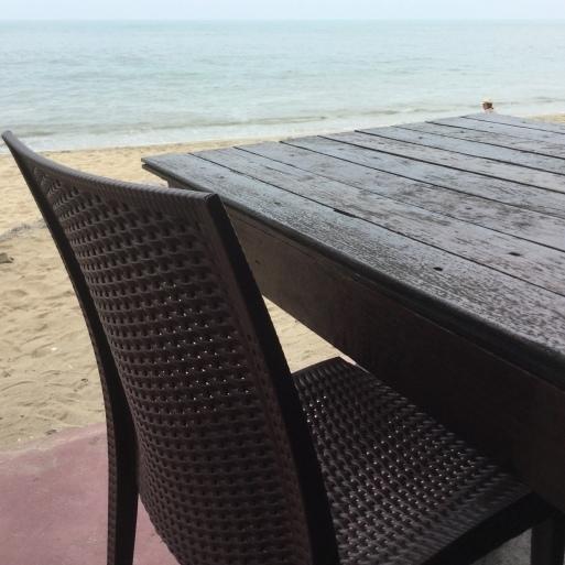 波の音っていいな_b0210699_16004587.jpeg