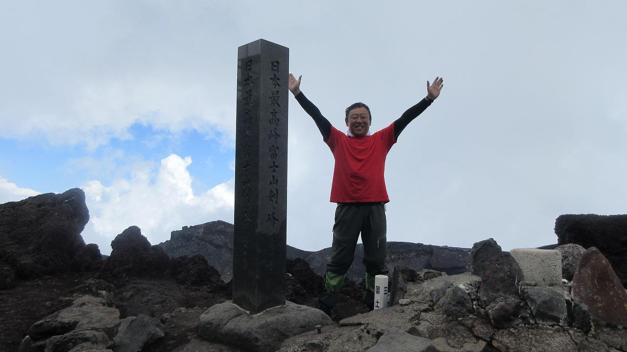 還暦富士登山 日本最高峰剣峰3776m12時間30分_b0163804_19235010.jpg