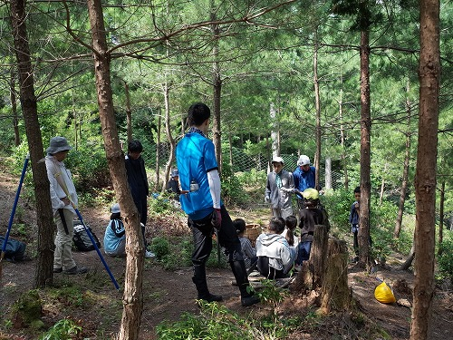 【報告】8月6日(土)理想の森の松山整備と植栽地の下草刈り(サマータイム)_e0032609_11181743.jpg