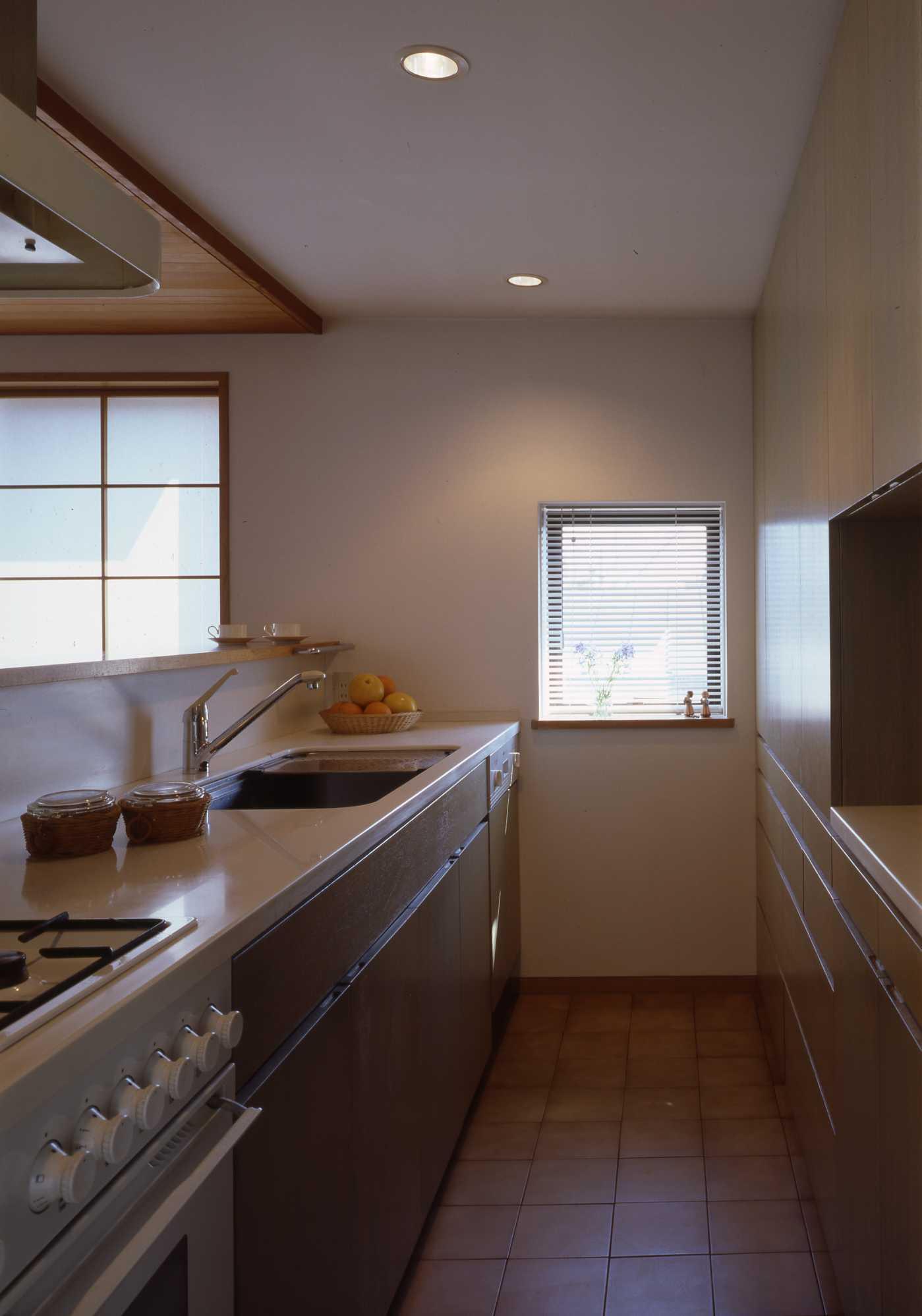 キッチンは収納設計_c0070136_10313879.jpg