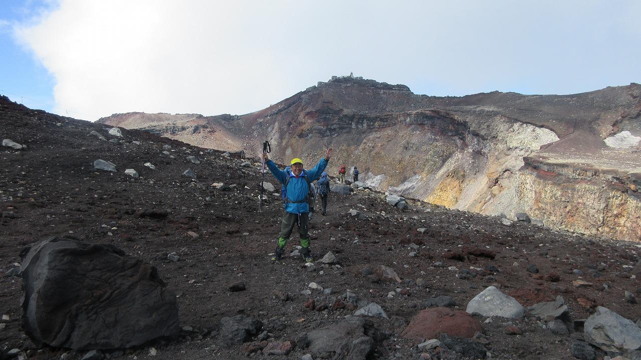 還暦富士登山 日本最高峰剣峰3776m12時間30分_b0163804_1171785.jpg
