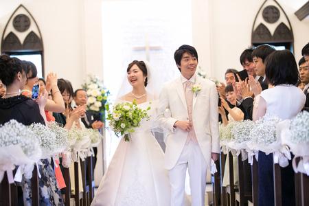 1年目の結婚記念に、奥様へ、花束を ずっと未来に残る、結婚式の花を_a0042928_174346.jpg
