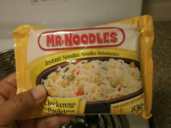 Mr. Noodles を食す_d0000995_23263732.jpg