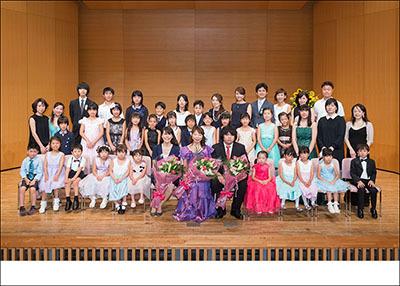 d461c20c5cb48 夏は発表会の季節   ステージ・発表会写真・家族・記念日の撮影はオン ...