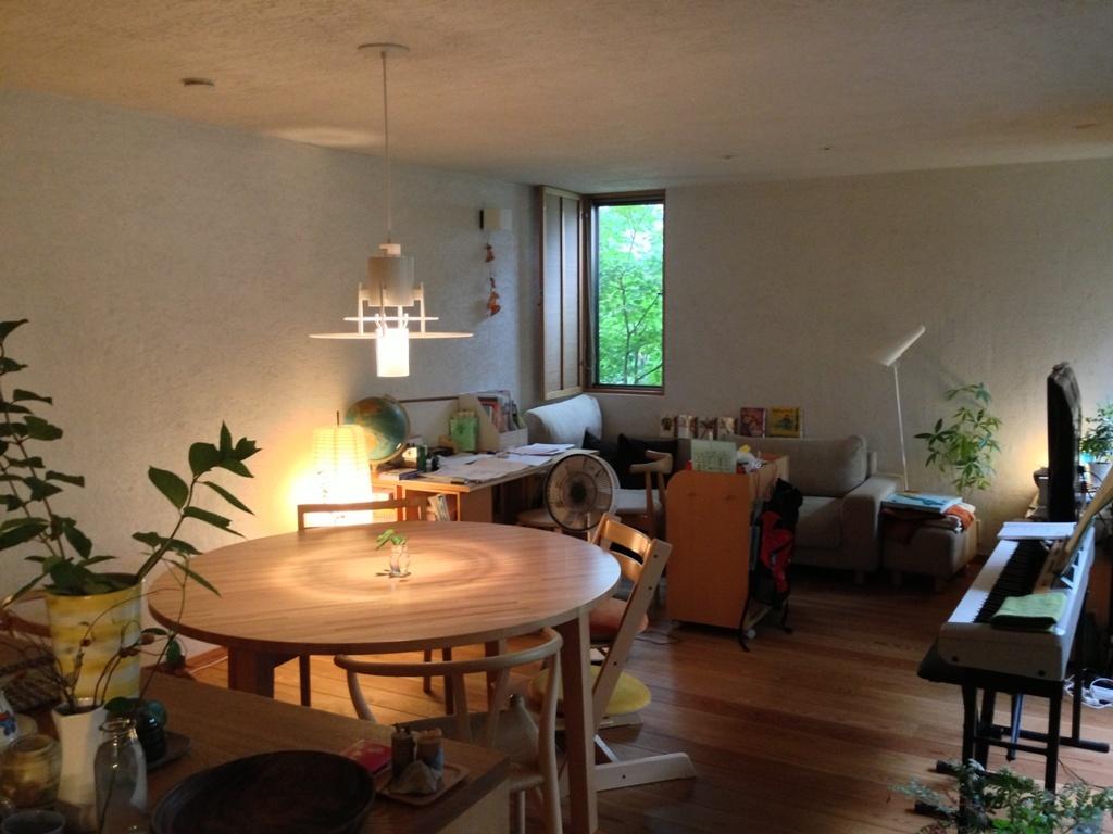 室内の灯り_c0310571_09100411.jpg