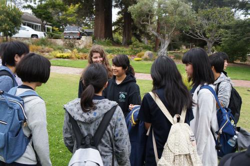 2016 29th 8/9(火)コールトン中学校訪問と歴史的名所_f0205780_22390067.jpg