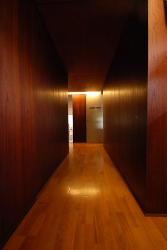 吉村順三設計の湘南茅ヶ崎の家に行きました。_c0195909_1203666.jpg