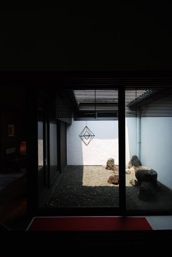 吉村順三設計の湘南茅ヶ崎の家に行きました。_c0195909_1204188.jpg