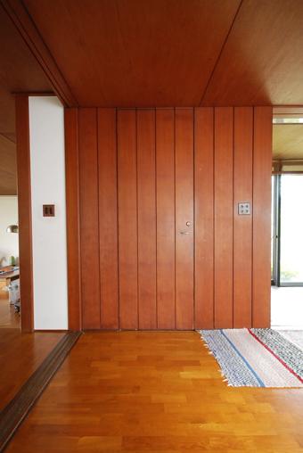 吉村順三設計の湘南茅ヶ崎の家に行きました。_c0195909_1204690.jpg