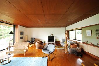 吉村順三設計の湘南茅ヶ崎の家に行きました。_c0195909_121112.jpg