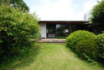 吉村順三設計の湘南茅ヶ崎の家に行きました。_c0195909_1211678.jpg