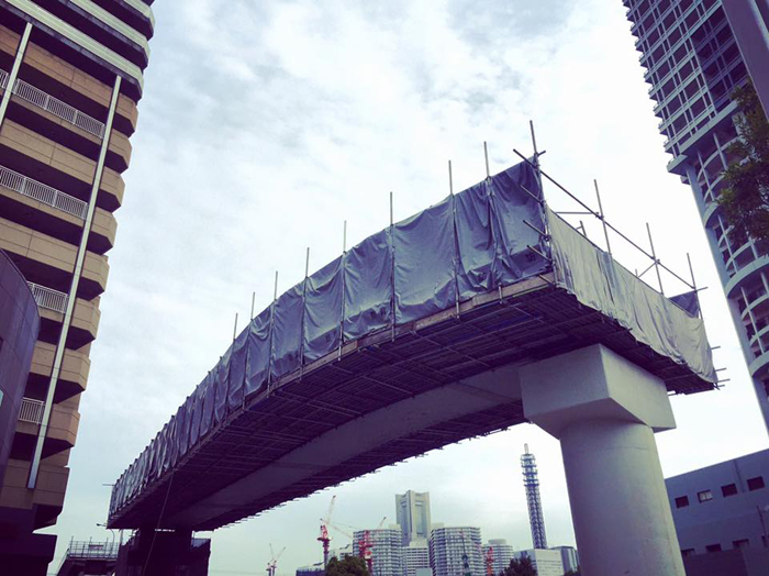 横浜市神奈川区栄町 / iPhone 6_c0334533_02312929.jpg