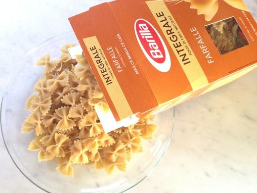 スペックとクリームチーズのパスタ_a0136671_2221913.jpg