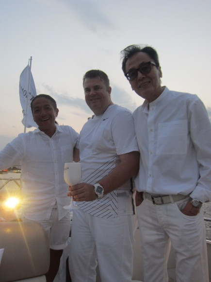 東京湾クルーズ with モエ・エ・シャンドン♪ _d0339889_21191877.jpg