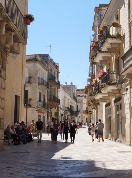 パンの村、アルタムーラへ_f0106597_05303362.jpg