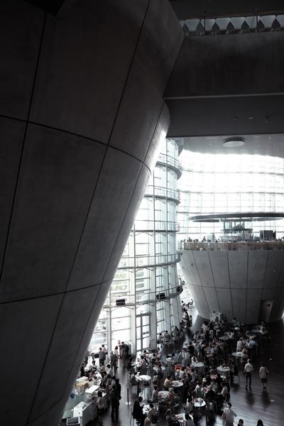 国立新美術館_b0175635_21143189.jpg